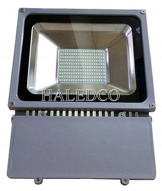 den-pha-led-60w-chip-smd-chong-nuoc